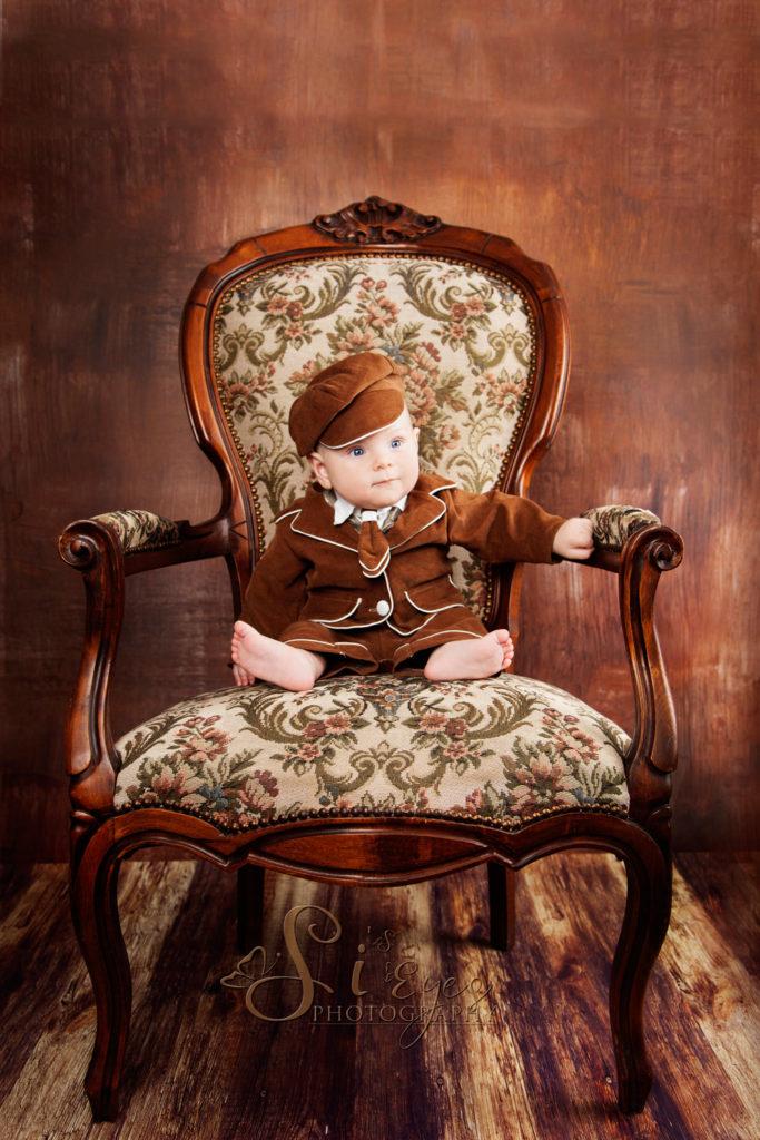 Baby Antik Stuhl Fotograf