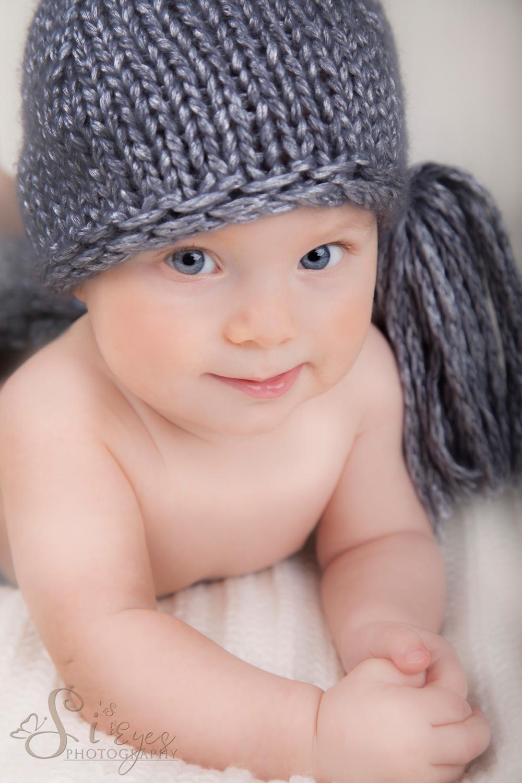 Babyfoto Muetze Fotografie Babyfotograf